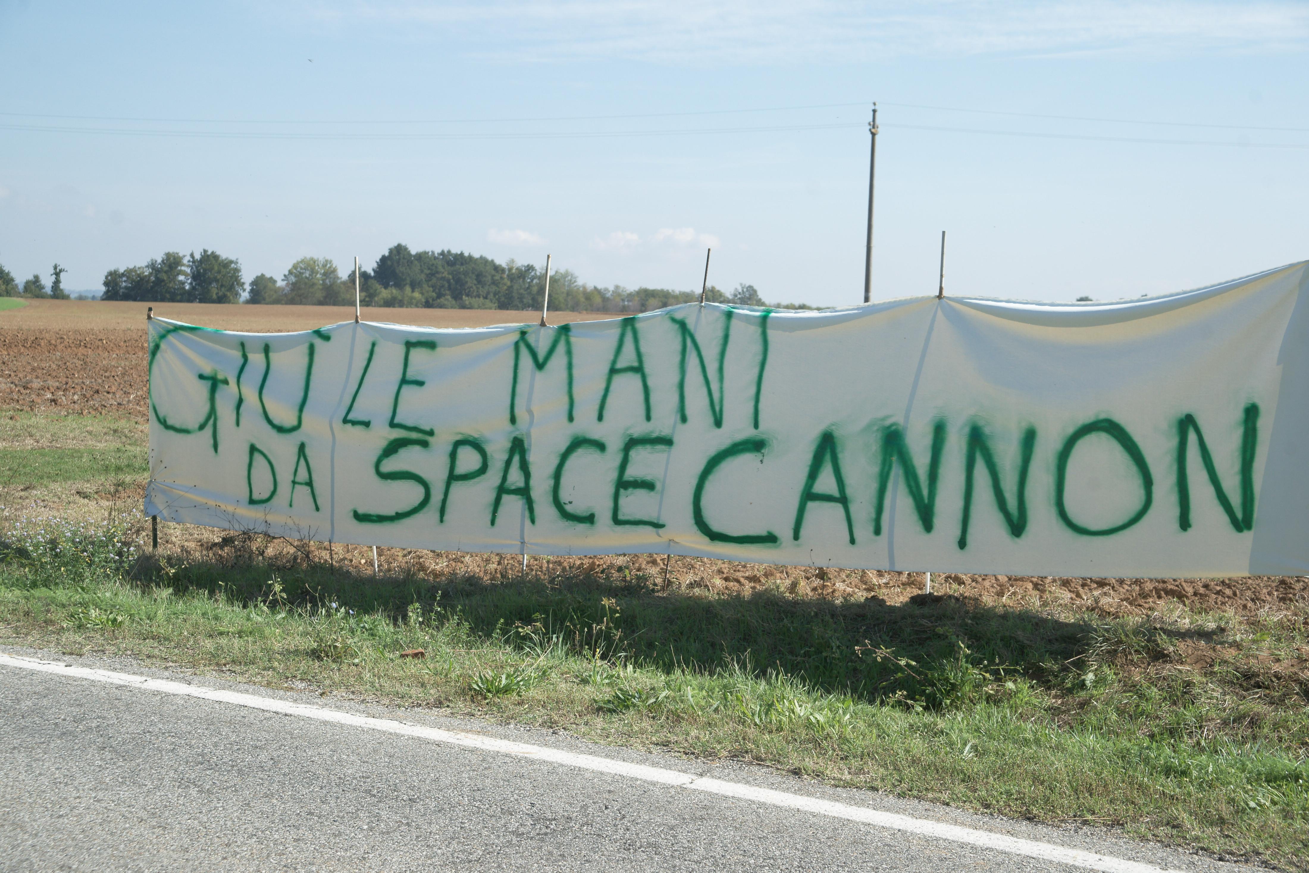 space cannon, lavoro