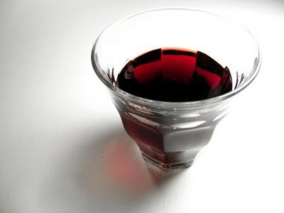 vino rosso, amaro, bicchiere