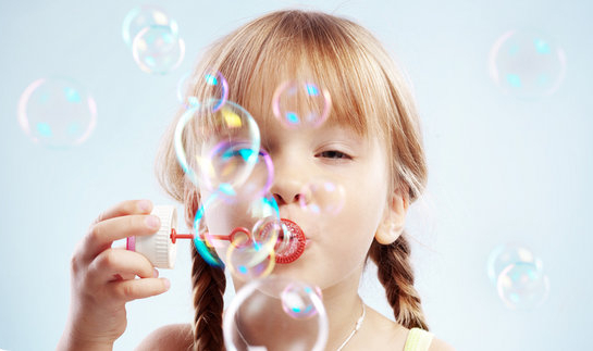 bambina, bimba, bolle di sapone, gioco