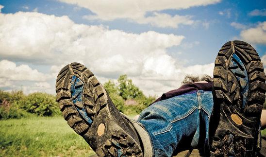 estate, stivali, scarpe, coricarsi
