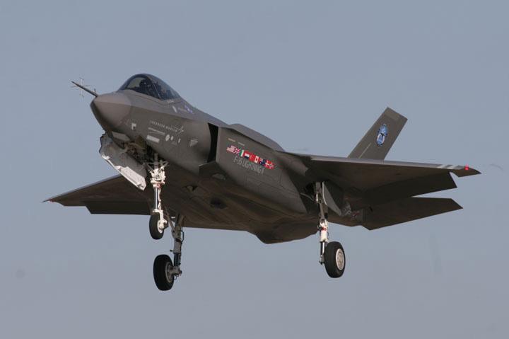 f-35 caccia aerei guerra jet