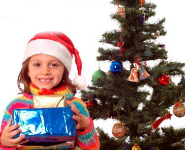 regali natale bambina albero