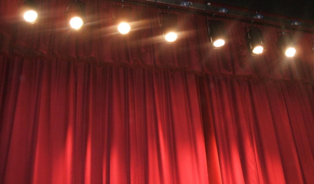teatro, fari, tendone