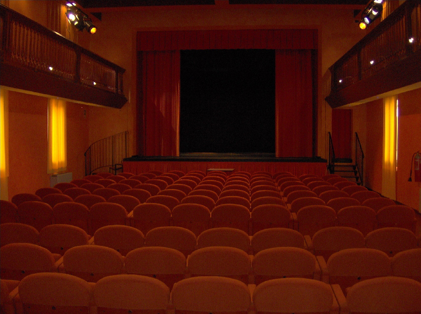 tra, teatro
