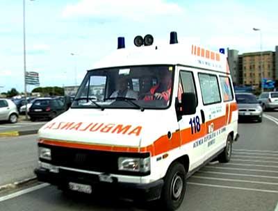 ambulanza, pronto soccorso, cronaca