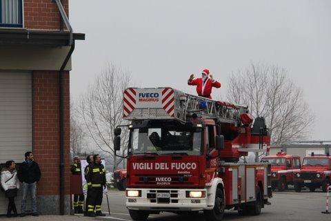 babbo natale vigili fuoco pompieri epifania
