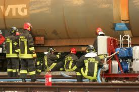 ferrocisterna, vigili del fuoco