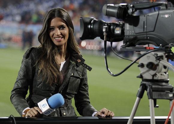 giornalista sportiva televisione calcio partita sara carbonero