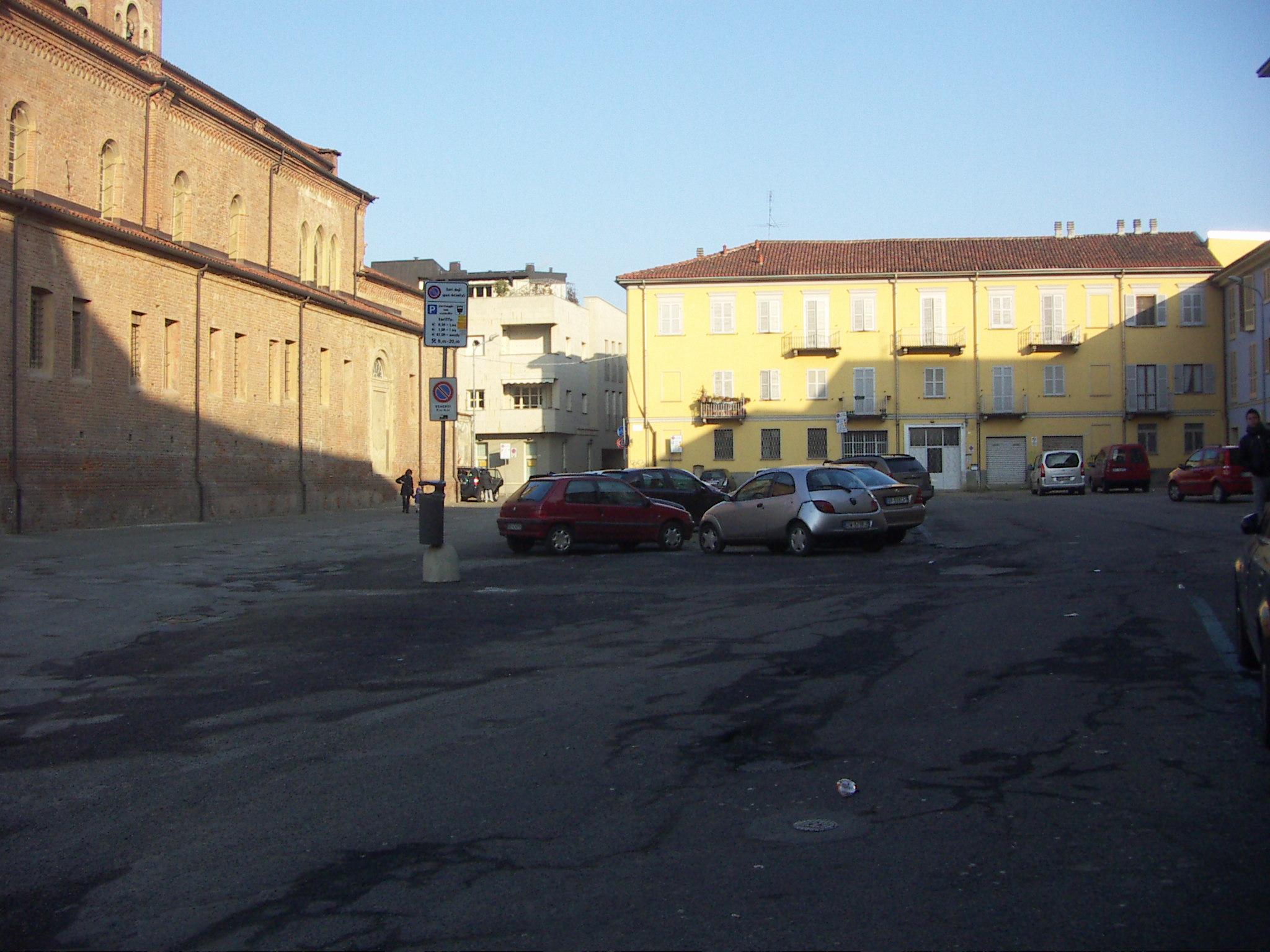 santa-maria-di-castello-piazza-parcheggio