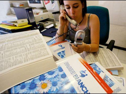 telemarketing telefonista chiamata centralino segretaria