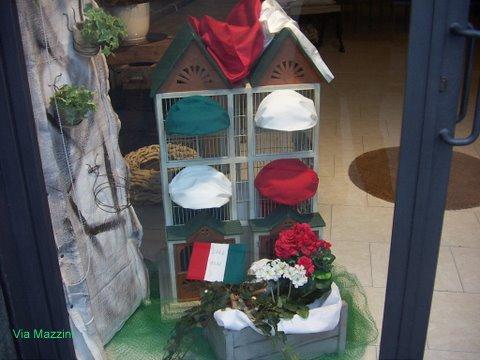 negozio tricolore cappelli