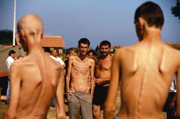 balcani campo concentramento genocidio srebrenica jugoslavia bosnia