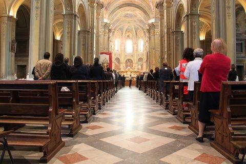 duomo cattedrale messa cerimonia salve