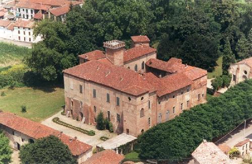 castello sannazzaro giarole