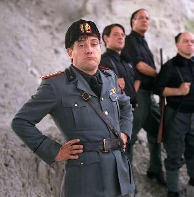 guzzanti mussolini fascismo comici