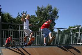 skaters, rampe