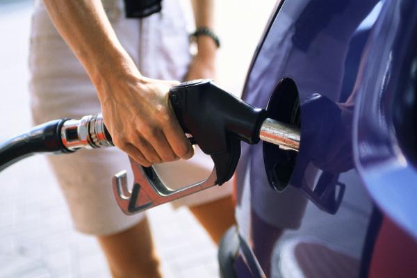 benzina, benzinai