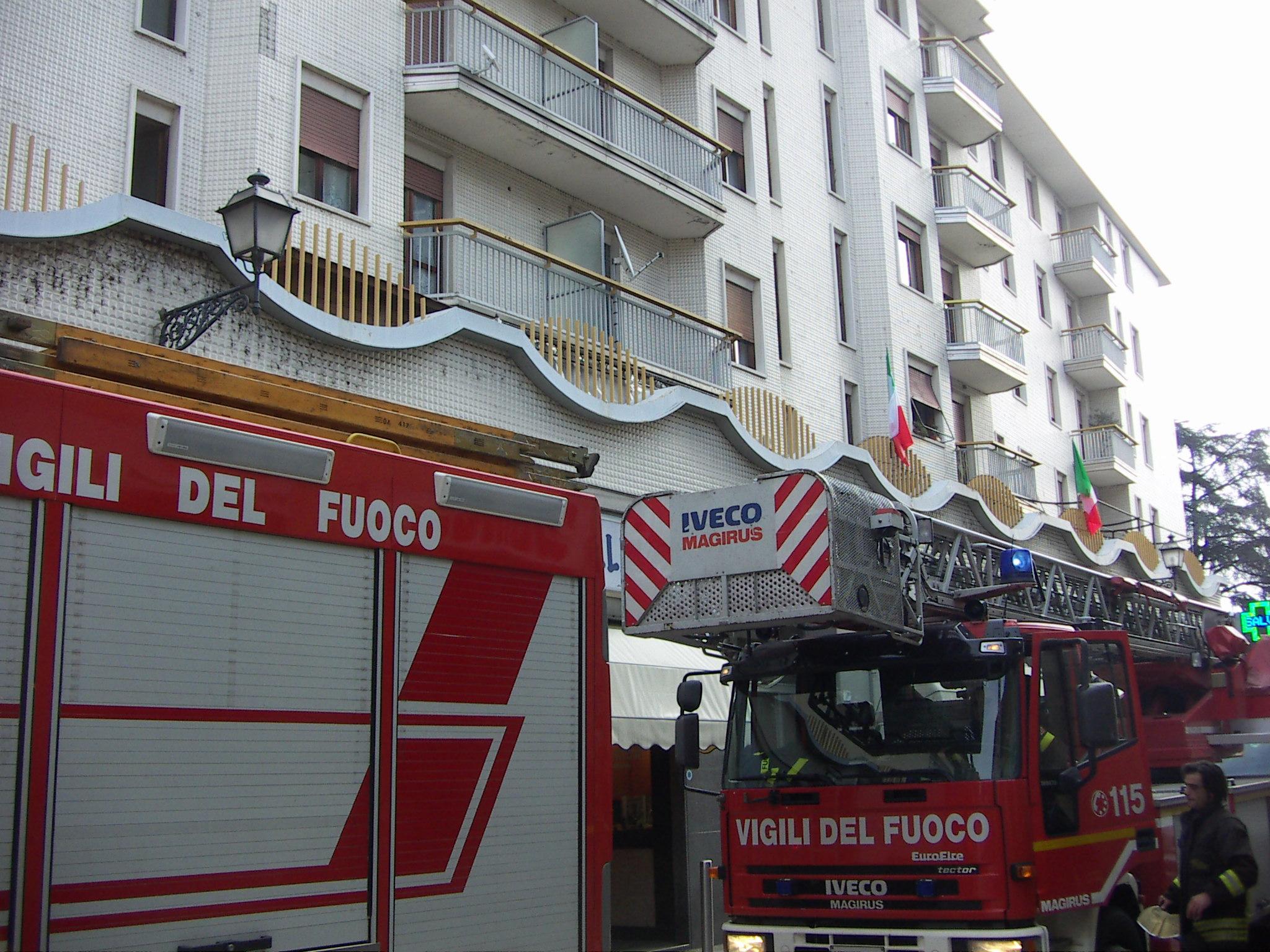 autoscala pompieri vigili fuoco