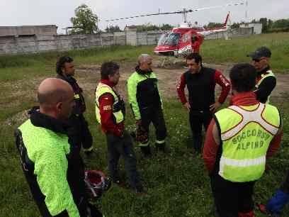 cinofili pompieri vigili fuoco soccorsi disperso ricerca elicottero 115