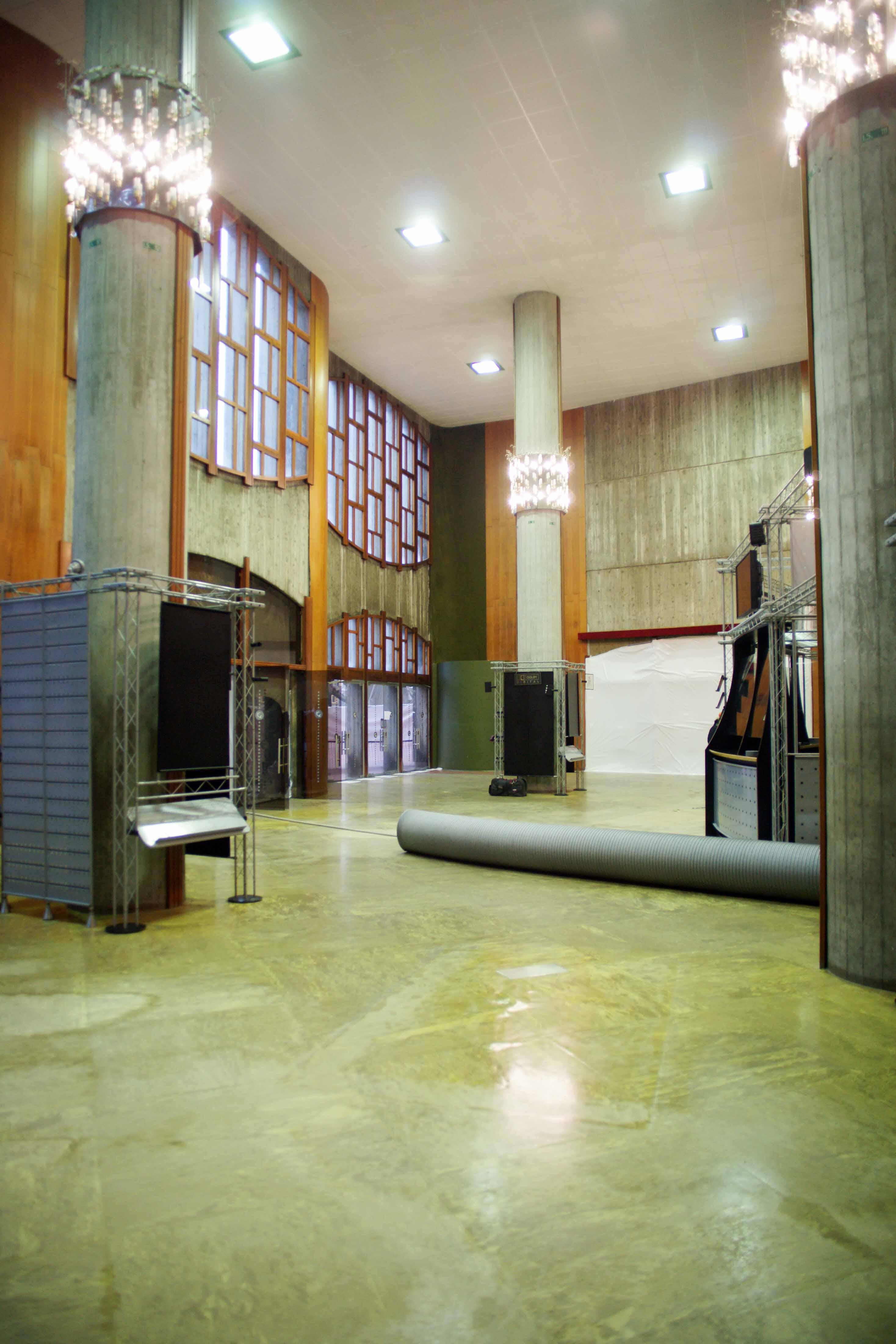 teatro comunale, tra, foyer