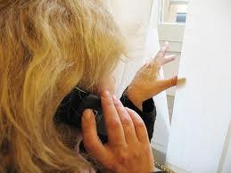 stalking telefonico- donna